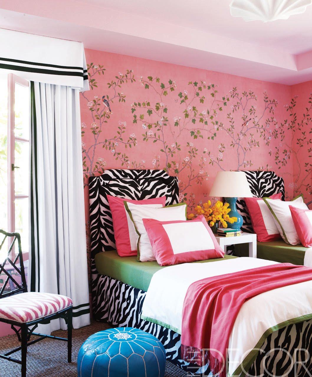 Forever*cottage: scouting shots..... girls room pink walls black ...